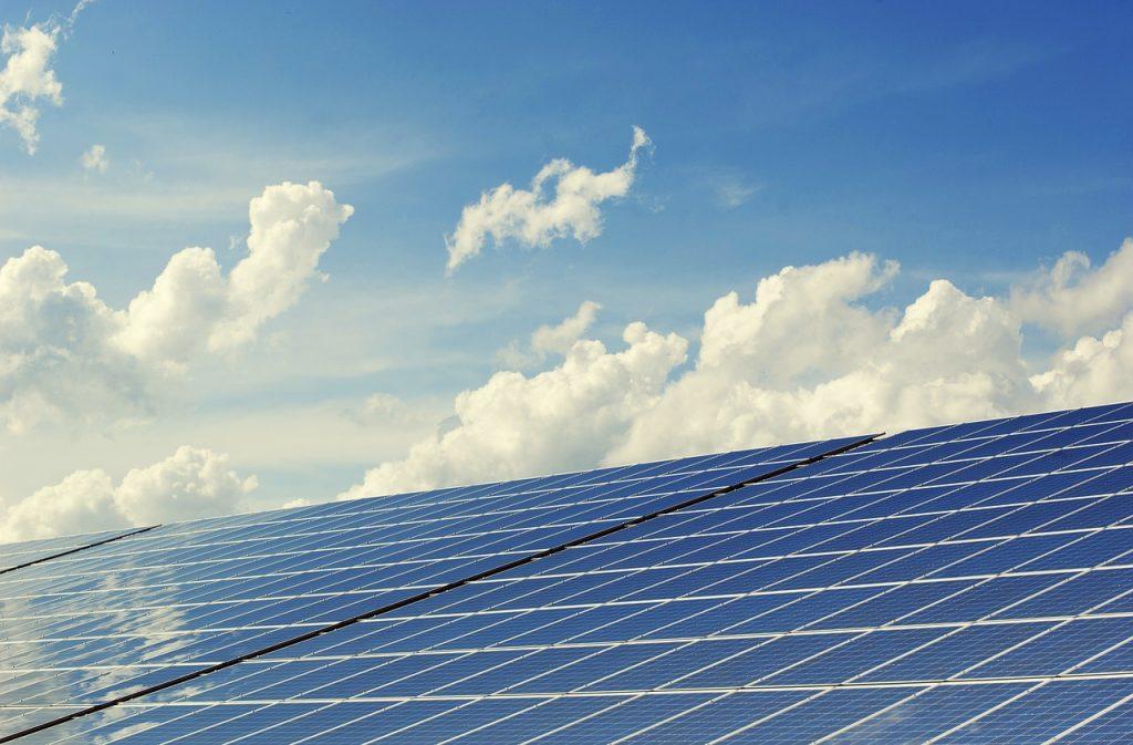 Panneaux solaire : quels entretiens prévoir ?
